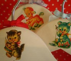 Vintage Style children's hangers set of 3. Sweet, retro, kitsch.